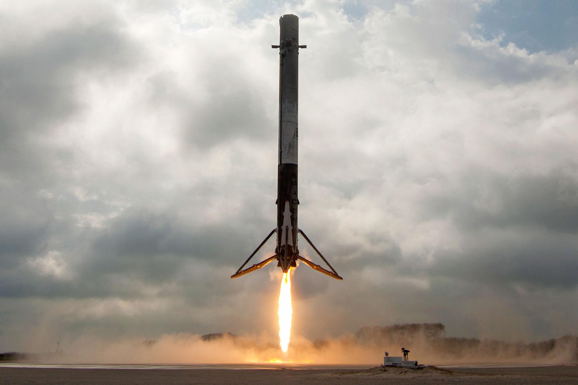 'Baby Came Back!' SpaceX's Rocket Safely Returns to Earth ...