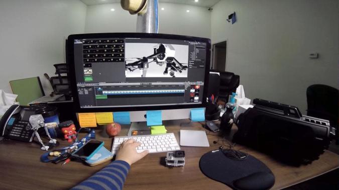 GadgetUtopia: My Descent into Full, Immersive Multimedia