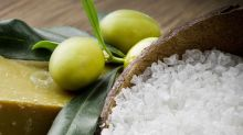 Sal e azeitona ajudam a aumentar a pressão arterial?
