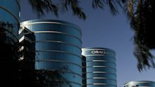 Oracle Expects Flat Sales on Fewer Corporate Software Deals