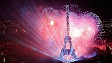 Paris Set for 10-Year Tourism Record Even After Deadly Attacks