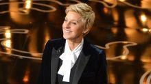 Críticas del equipo de Ellen DeGeneres por reducirles el salario mientras ella graba el programa desde casa