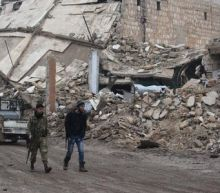 U.N. Security Council welcomes Syria truce, rebels warn they could abandon it