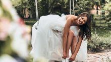 Casarse en tenis, la moda que conquista a las novias