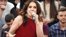 """Claudia Raia brinca sobre Murilo Benício: """"Única amiga mulher que ele não cantou"""""""