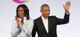 Obamas strike production deal with Netflix