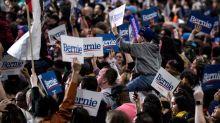 Como una estrella de rock, Sanders congrega a 25.000 jóvenes en Los Ángeles