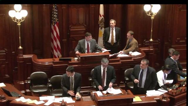 Illinois Downgraded to Worst Credit Rating in Nation