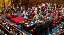 La Cámara de los Lores también aprueba la ley que impide un Brexit sin acuerdo