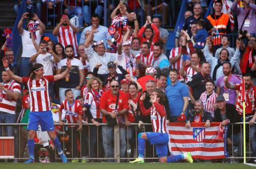 L'Atlético écrase Séville et se replace