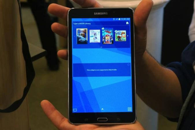 Hands-on with the Galaxy Tab 4 Nook