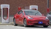 Inesperado problema en los Tesla más antiguos: han dejado de cargar