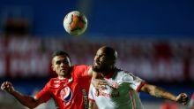 Com um a menos, Inter segura empate sem gols com América pela Libertadores