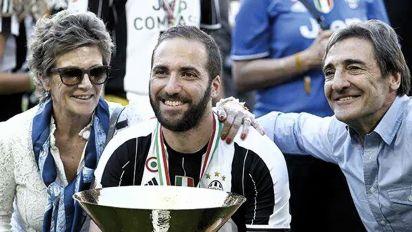 Emotiva dedicatoria. Gonzalo Higuaín ofrendó sus dos goles en Inter Miami a la memoria de su madre