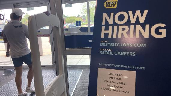 New weekly jobless claims inch higher than expected
