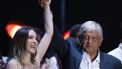 México no expulsará a Belinda por su desliz político