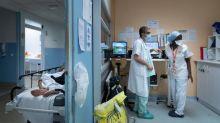 Coronavirus: plus de 18 millions de personnes contaminées dans le monde