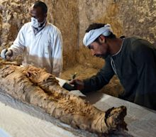 Egypt archaeologists discover mummy in Luxor