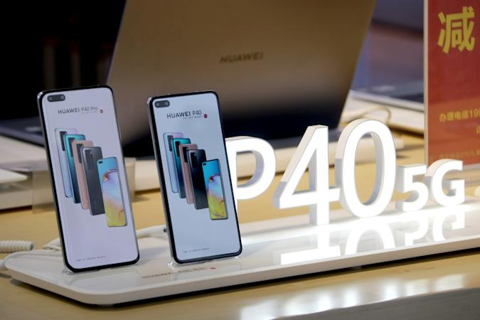 BEIJING, CHINA - APRIL 10: Huawei P40 series 5G smartphones are displayed for sale at a store on April 10, 2020 in Beijing, China. (Photo by Song Jiaru/VCG via Getty Images)