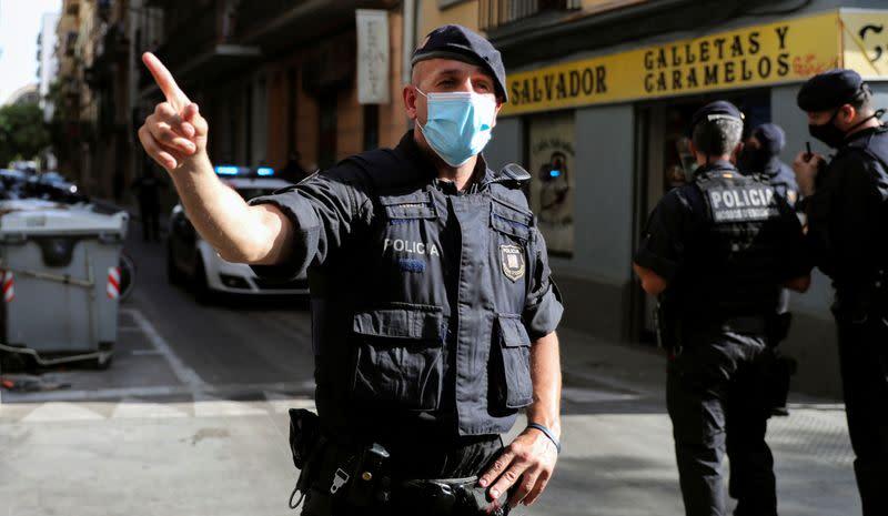 Police detain two Algerians in anti-terrorism operation in Barcelona