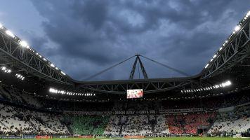 """Dal governo l'apertura ai tifosi: """"Possiamo immaginare la parziale riapertura degli stadi"""""""