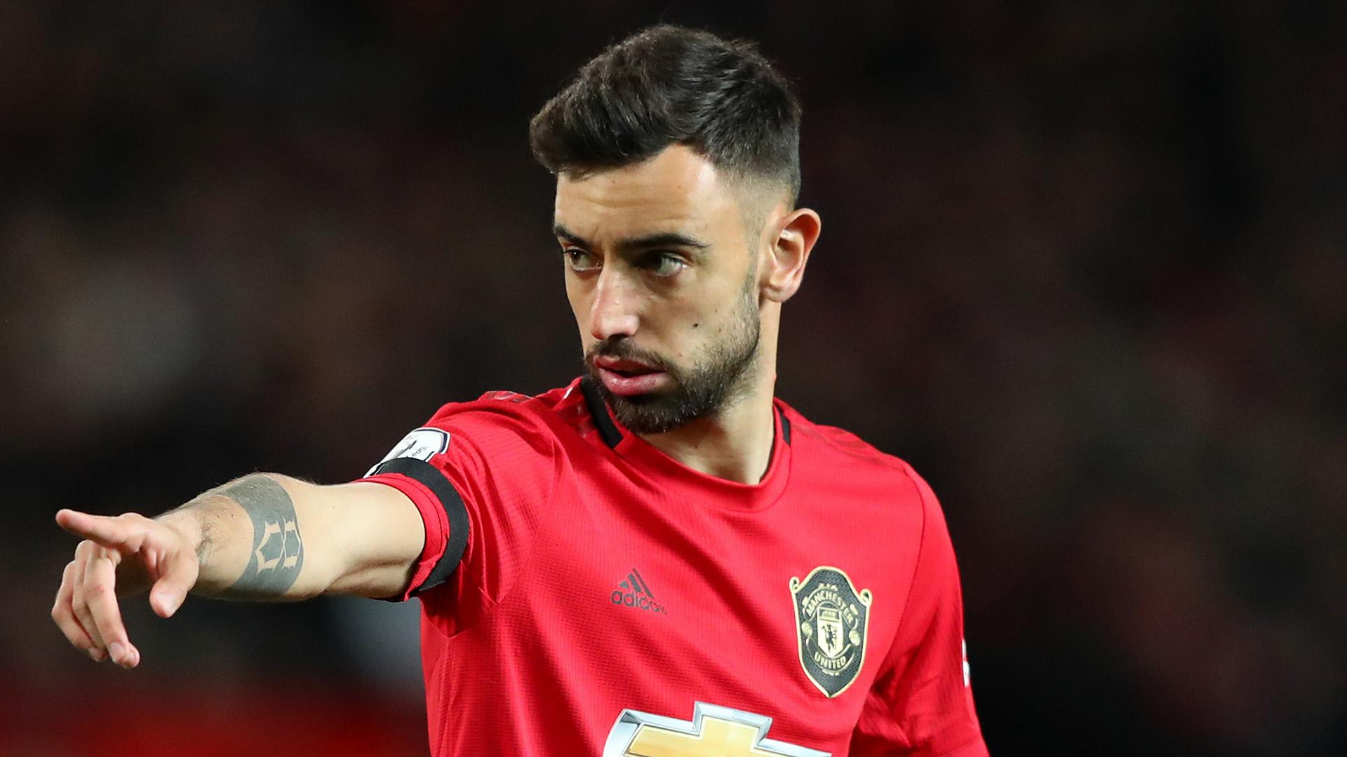 'Fernandes can make Man Utd title challengers' – Berbatov sees Red Devils closing gap to Liverpool and City