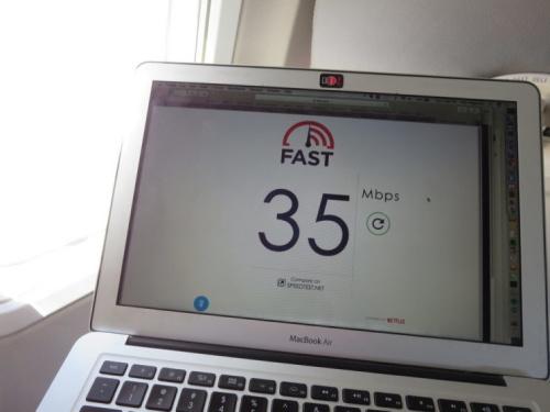 Gogo Wi-Fi speed test.