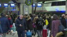 Movilización en Francia contra reforma de pensiones cumple 23 días