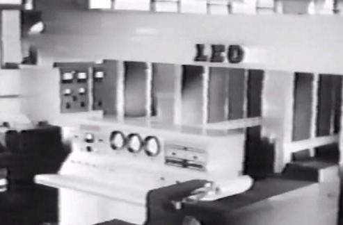 The LEO business computer: 6,000 valves, 2KB memory, one happy birthday (video)