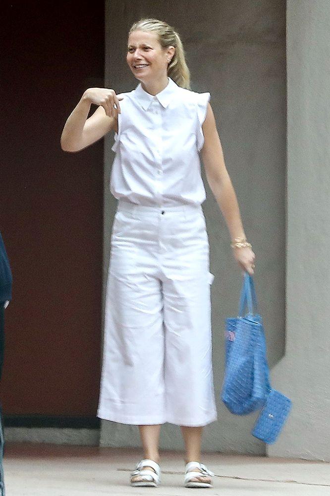 Gwyneth Paltrow wears white. (Photo: SPOT/BACKGRID)