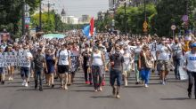 Mass protests rock city in Russia's far east after governor's arrest
