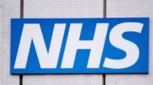 Coronavirus: 400,000 Britons volunteer to join NHS to battle COVID-19