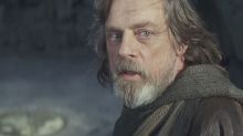 Mark Hamill says Luke hasn't turned to the Dark Side in Star Wars: The Last Jedi