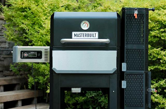 Masterbuilt's latest Gravity Series smart grill comes with a griddle insert