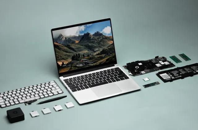 Startup designs a modular, repairable laptop