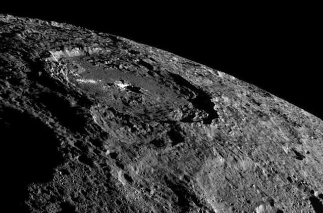 Dwarf planet Ceres is 'oozing' with water