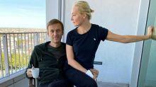 L'opposant russe Navalny annonce avoir reçu une visite de Merkel à l'hôpital
