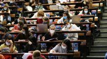 """Covid-19 : """"Les universités ont avancé en ordre dispersé"""" jusqu'à la mise en place de la jauge de 50%"""