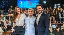 """Camila Queiroz revela os detalhes do pedido de casamento de Klebber Toledo no """"Altas Horas"""""""