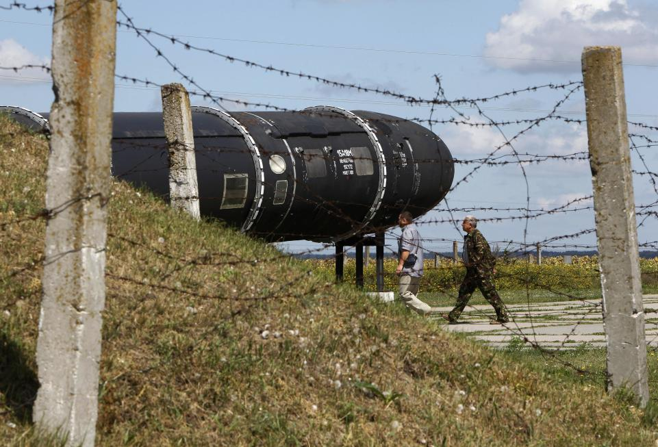 Russia's Satan Nuclear Missile Said Capable of Destroying Countries, but It's Taking a Long Time to Get Right