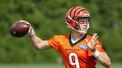 Rough start for Burrow; time for Bengals to panic?