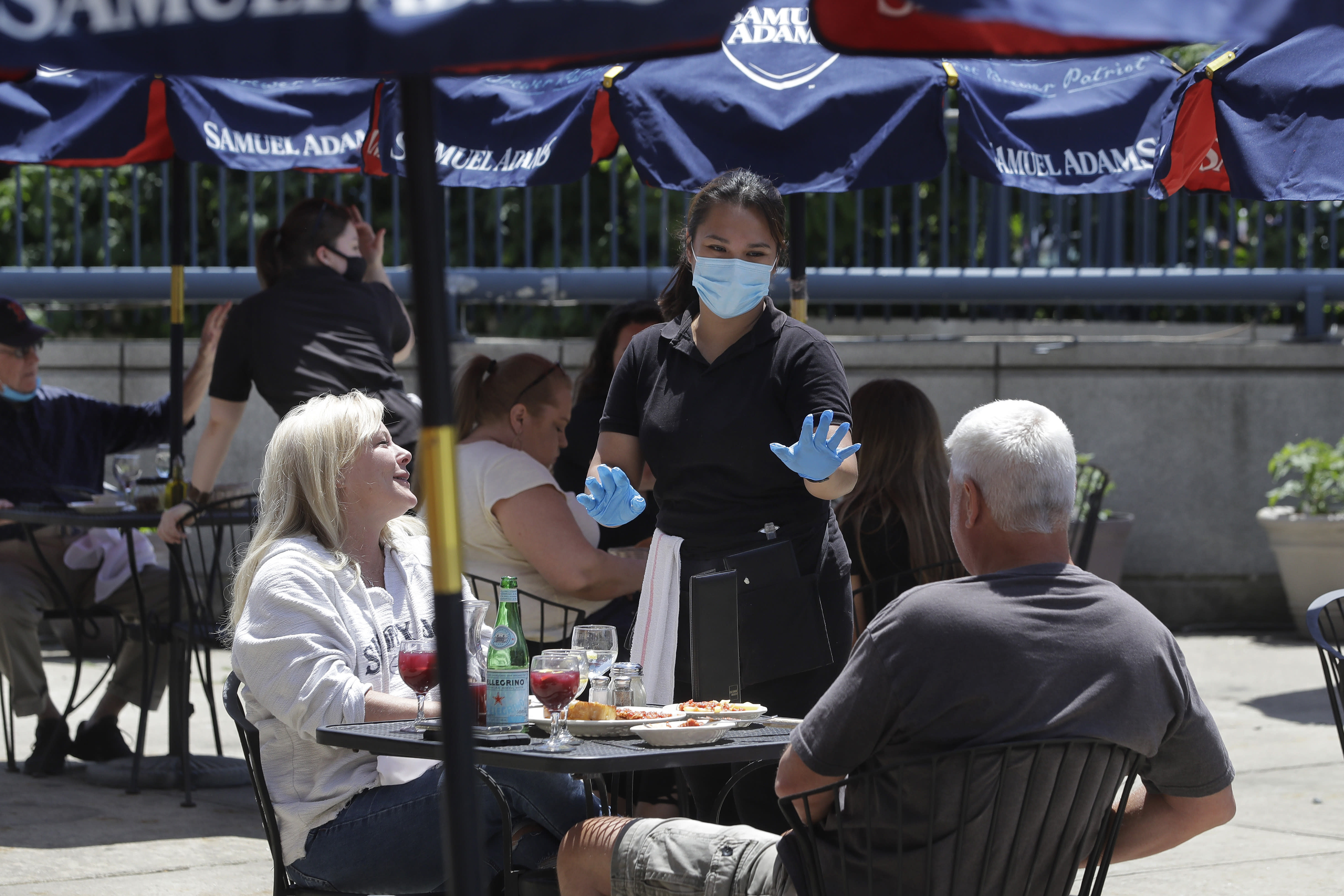 OpenTable CEO says 25% of America's restaurants will close for good due to coronavirus