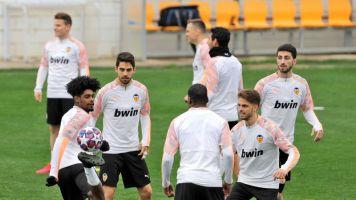 Rodrigo y Coquelin, ausentes en la sesión previa al viaje a Milán