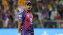IPL final 2017: MS Dhoni taking on Jasprit Bumrah and other key battles which could decide title