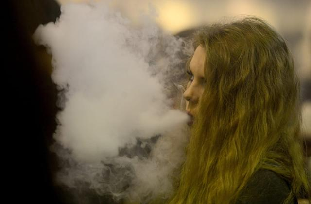 Most e-cigarettes have chemicals that will hurt your lungs