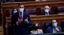 El Gobierno logra una alarma de seis meses a cambio de que Sánchez rinda cuentas