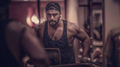 6 times b'day boy Arjun Kapoor rocked social media