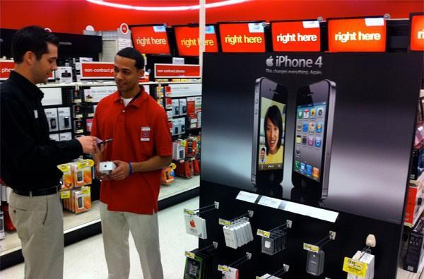 Target offering iPhone 4, 3GS starting November 7th