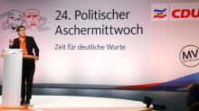 Kommentar: Annegret Kramp-Karrenbauer - Von Mini-Merkel zu Mini-Merz