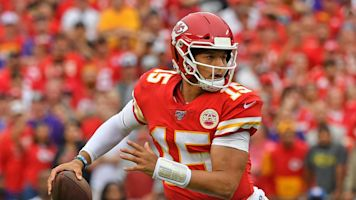 Follow live: Wild finish between Chiefs and Ravens